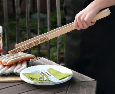 Grillzange mit Gravur für den Chef am Grill