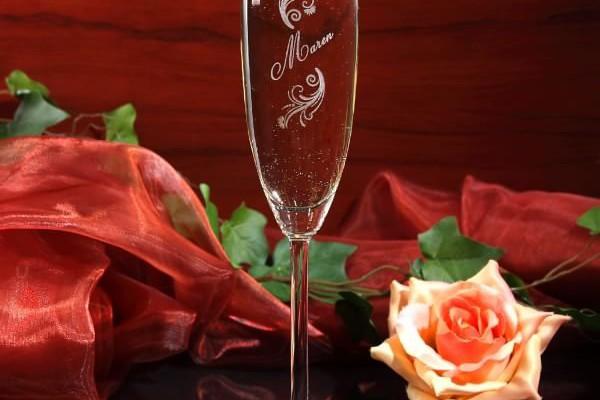Sektglas limited mit Wunschnamen graviert